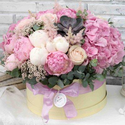 Доставка цветов в коробке - идеальное решение на все случаи жизни