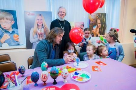 В благотворительном празднике приняли участие TOY RU и «Аргументы и факты»